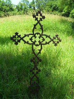 2 SMALL CROSS 65$ 46 INCH